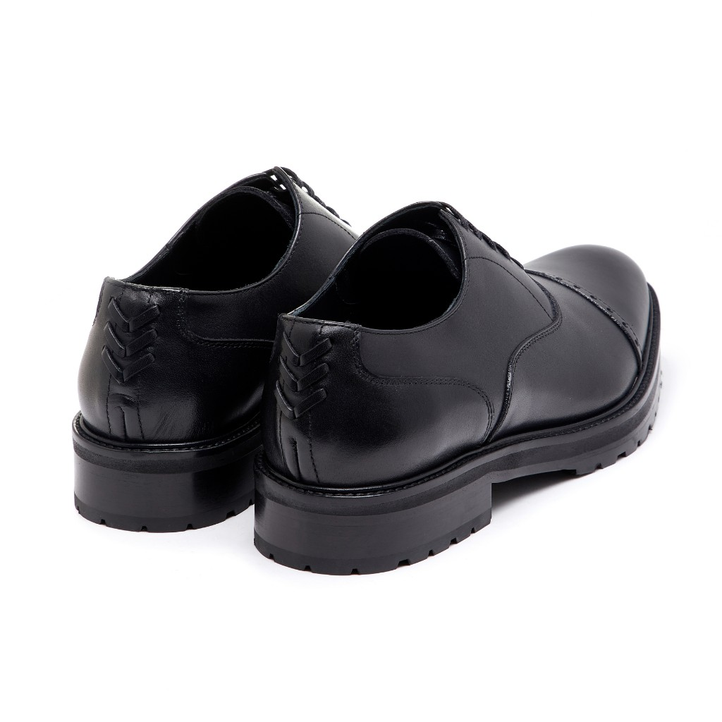 Oliver Oxford Black 3