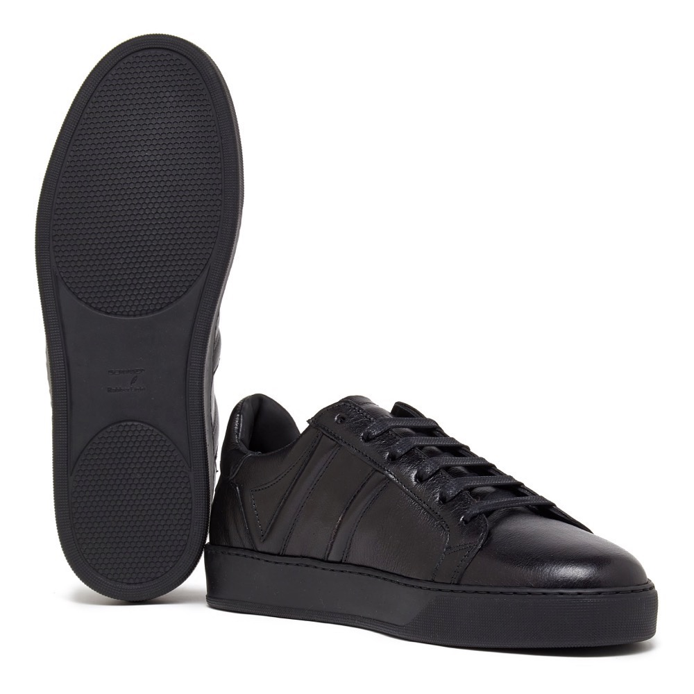 Sneakers Black Grainy A